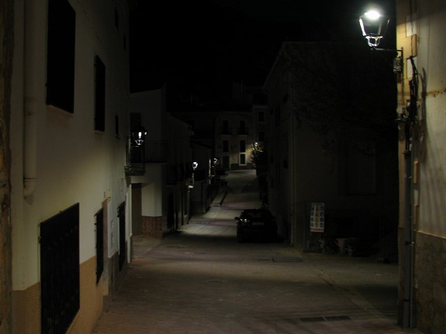 You are browsing images from the article: Alumbrado público con farolas LED
